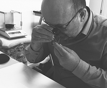 Q&A with diamonds.co.nz's Head Gemologist, Paul Bunker G.G