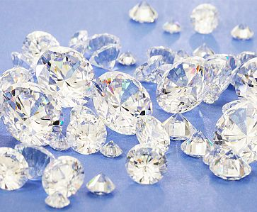 The Current Debate: Factory Made Diamonds vs. Natural Diamonds