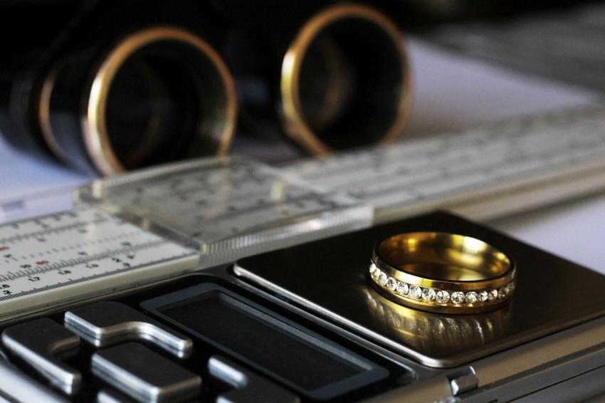 The Perfect Fit: How to Size Your Wedding Ring